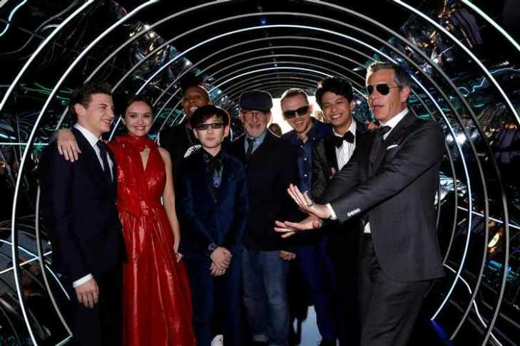 "Director Spielberg poses with cast members Sheridan, Cooke, Waithe, Zhao, Pegg, Morisaki and Mendelsohn at the premiere of ""Ready Player One"" in Los Angeles"
